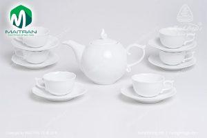 Bộ trà gốm sứ Minh Long Mẫu Đơn trắng 0.7L