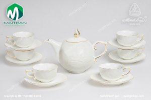 Bộ trà gốm sứ Minh Long Sen IFP viền chỉ vàng 0.7l