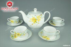 Bộ trà gốm sứ Minh Long 0.8L Camellia Hoa Mai